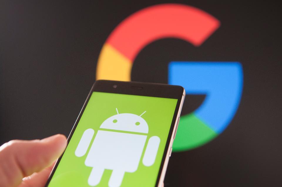 Bu ayın sonunda Android'de karanlık tema desteği geliyor