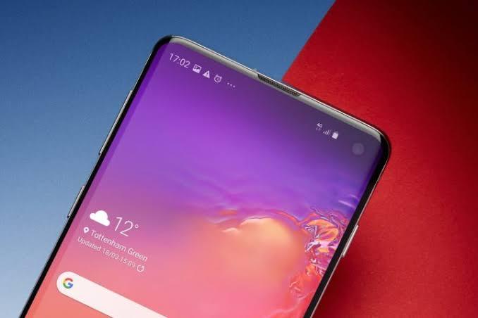 Samsung Milyonlarca Telefon Ürettirecek